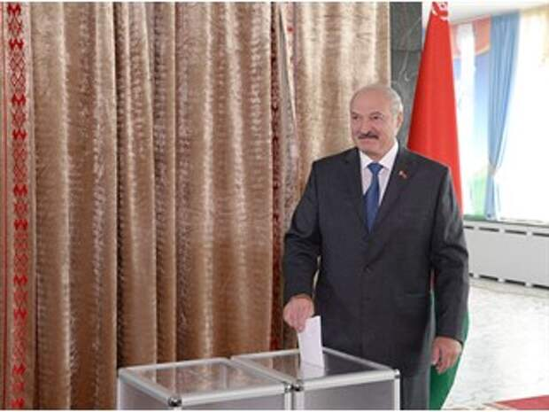 Фейковая политическая система не спасёт Лукашенко