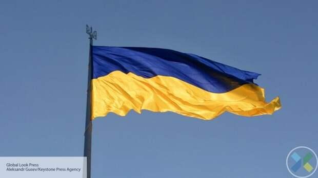 В Киеве организовали акцию протеста против закрытия телеканалов
