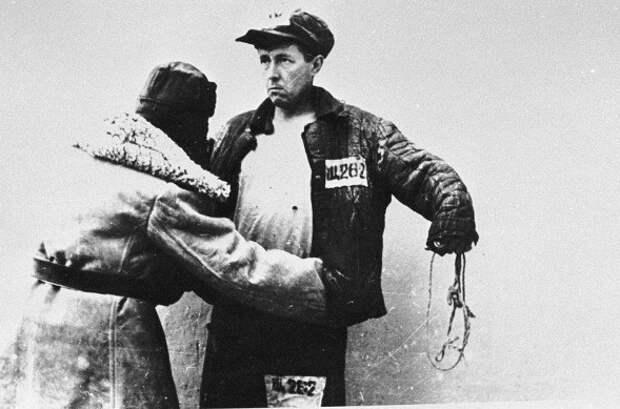 За что СМЕРШ арестовал Александра Солженицына в конце войны