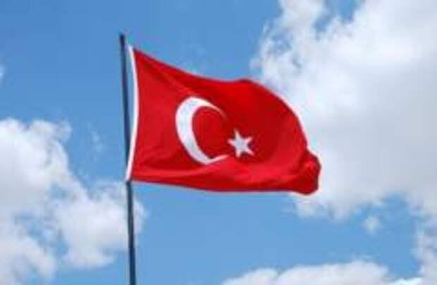 В Турции туристический сезон отложили до конца мая