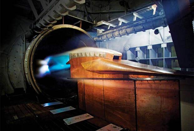США спешно создают идеальную гиперзвуковую ракету и пытаются победить Россию