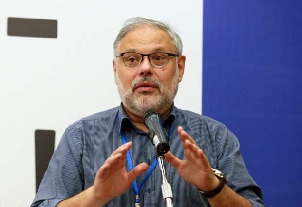 Михаил Хазин пророчит России большой и затяжной экономический кризис