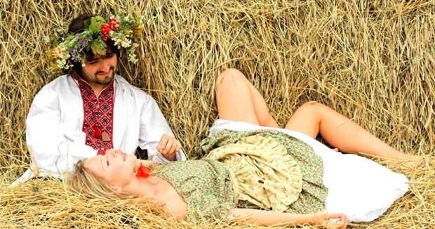 Любить по-русски: как вкрестьянских избах уединялись для секса