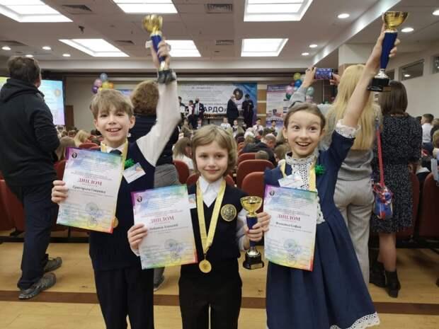 Ученики школы № 1223 победили на Всероссийском фестивале открытий