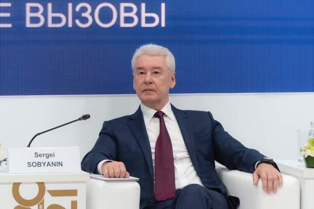 Собянин назвал причину заражения COVID-19 привитых граждан