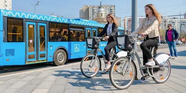 В этом году популярность велопроката в Москве снова возросла. Фото: mos.ru