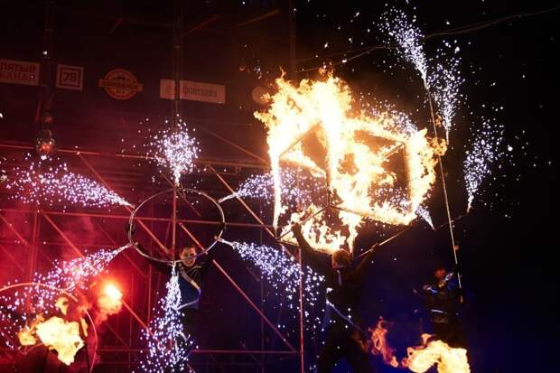Фестиваль огня «Рождественская звезда» в Петербурге можно будет увидеть только онлайн