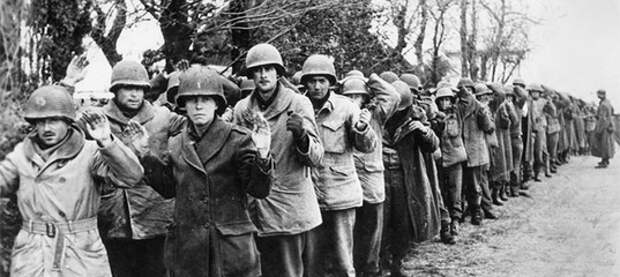 """""""Армия победителей""""... или почему союзники не штурмовали Берлин?"""