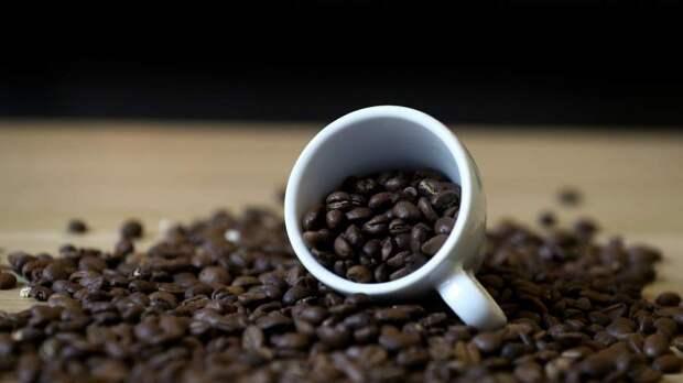 Врач-диетолог рассказала о пользе и вреде чая и кофе