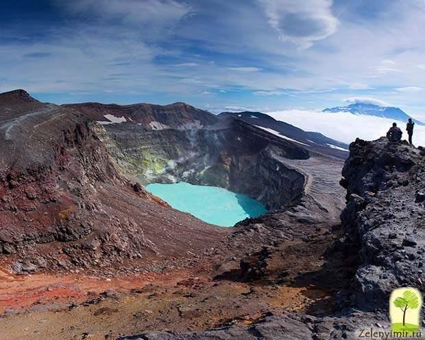 Устрашающий вулкан Малый Семячик с кислотным озером. Камчатка, Россия - 6