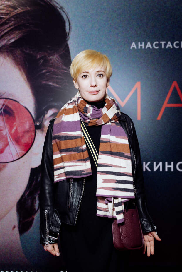 Опять 90-е: Аня Чиповская, Владимир Мишуков и Юлия Снигирь