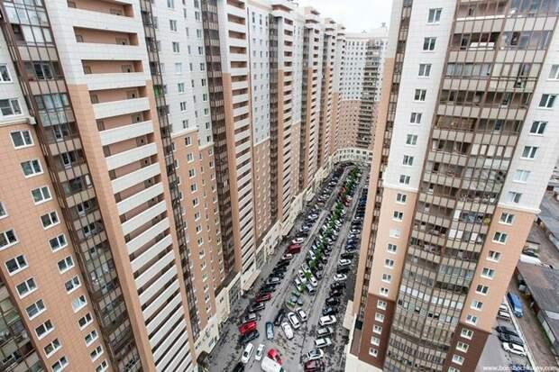 Одноэтажная Америка и человейники в России. Почему так сложилось?