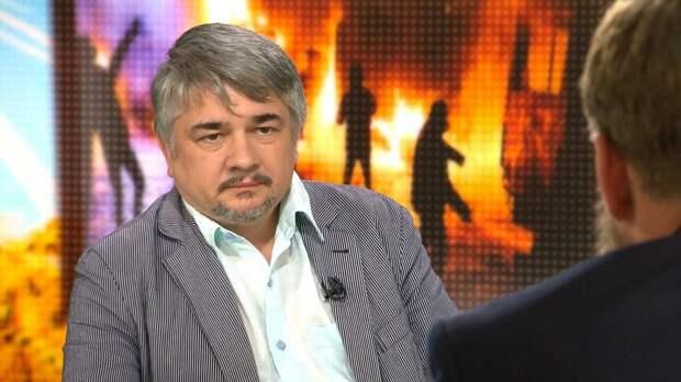 Ищенко рассказал, какие неприятности могут ждать Украину из-за обстрела ВСУ Донбасса