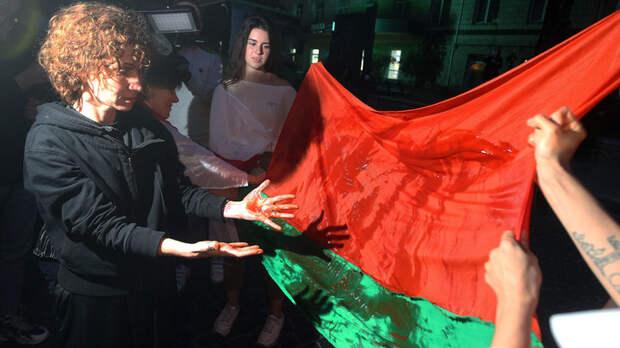 Лишить Россию союзников: Сергей Шойгу о событиях в Белоруссии