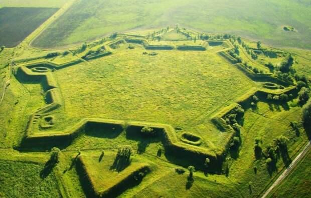 Земляная крепость Св. Анны: как создавалось оборонительное сооружение, которому более 300 лет