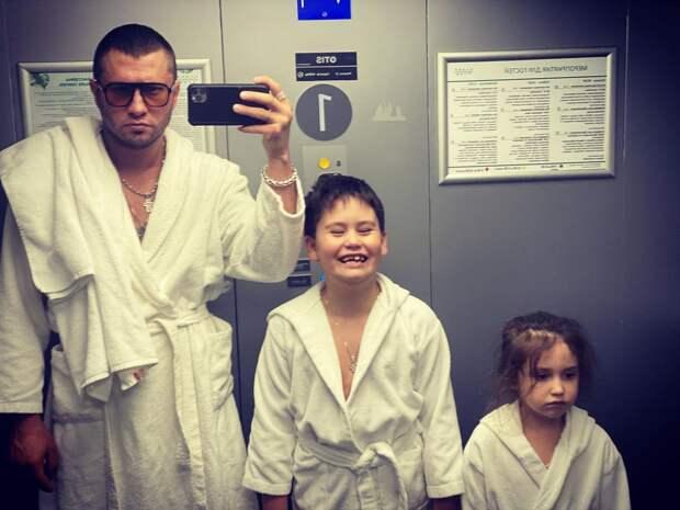 «Мои дети ее обожают»: Павел Прилучный о Мирославе Карпович