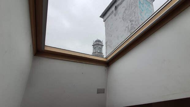 """Вид на небо из номера отеля """"Пятый угол"""". Санкт-Петербург"""
