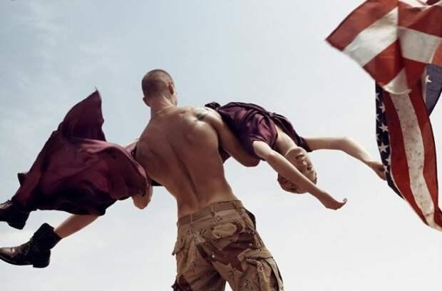 «Занимайтесь любовью, аневойной»: самый спорный фотопроект Стивена Майзела