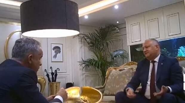 Президенту Молдавии грозит импичмент из-за денег Плахотнюка