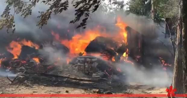 На крымском курорте горела база отдыха