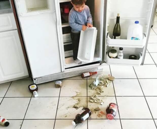 Дети на кухне – 24 фото малышей, которые остались одни всего на пару минут
