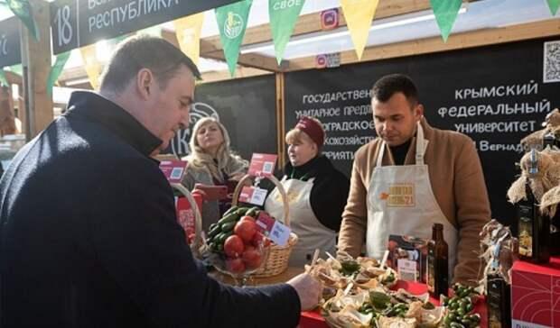 Глава Минсельхоза РФ высоко оценил волгоградские овощи