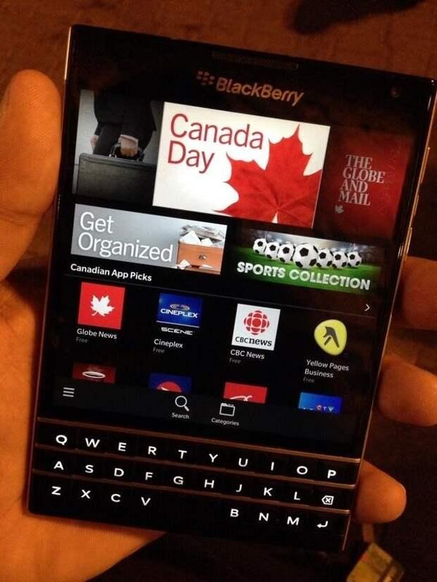 Знакомимся с BlackBerry Passport — все подробности