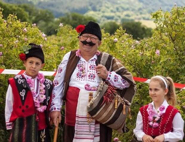 """Болгары - это западные славяне, а не восточные, потому они готовы постоянно страдать от своих западных """"союзников"""", чем получать преференции от русских, которые для них чужды по всем направлениям"""