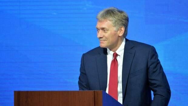 Дмитрий Песков указал на позитивный пример Путина в вопросе вакцинации от коронавируса