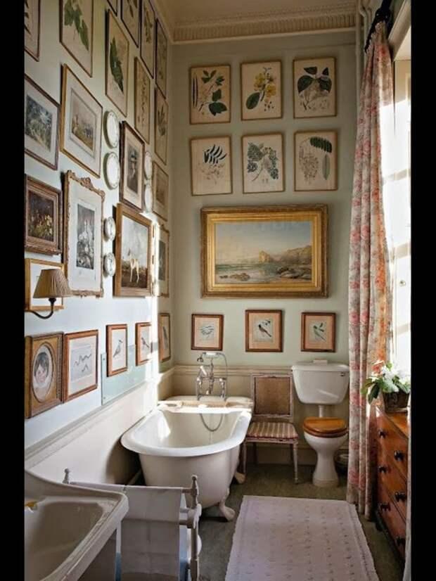 Галерея искусств в туалете (трафик)