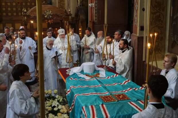 Сегодня девятый день кончины митрополита Исидора