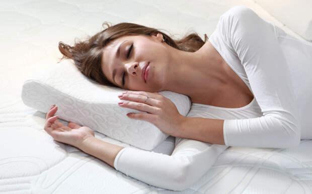 Сомнолог объяснил опасность поверхностного сна для организма