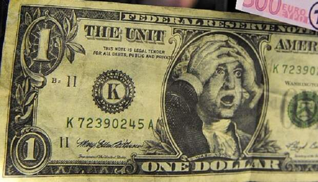 Большая часть россиян с энтузиазмом приняла факт возможного прекращения использования долларов