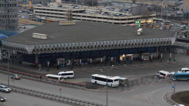 Наглавном автовокзале кростовчанке обратились состранной просьбой