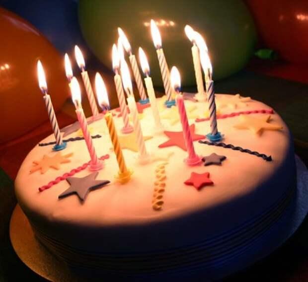 Депутата не поздравляют с днем рождения :(