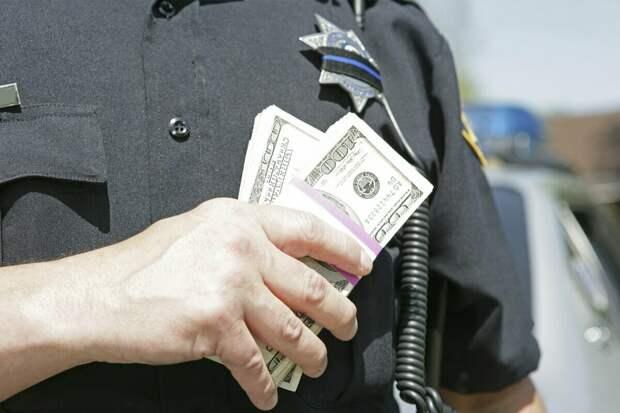 Вернувшийся из США. Про коррупцию, полицию и скорую помощь. Всё не так, как вам показывают в кино