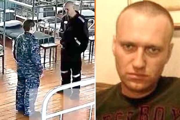 В видео-сюжете Life.ru видно, что Навальный дефилирует по бараку между кроватей с кружкой, ничуть не хромая.