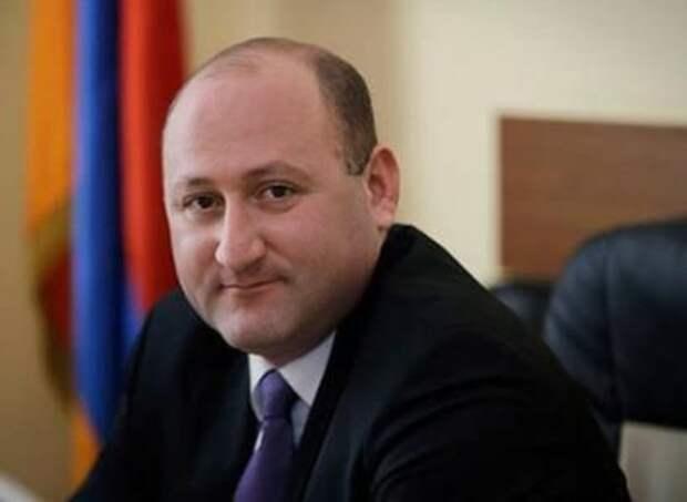 Эксперт пояснил, кому дадут свои голоса армяне США и что изменится в случае переизбрания Трампа