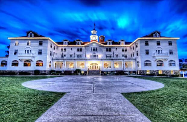 Самые известные отели снастоящими призраками
