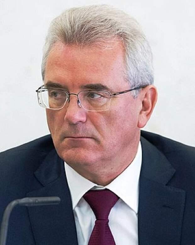 В связи с утратой доверия: Путин освободил от должности губернатора Пензенской области