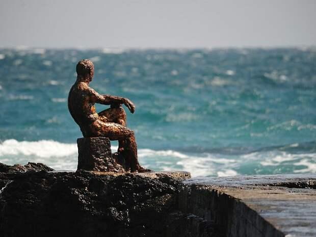 Стало известно, как продвигается реставрация скульптуры «Алёша» в Форосе