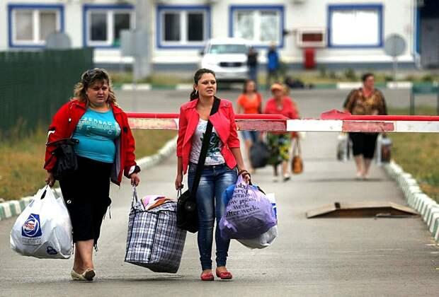 Родня из независимой Эвропы заехали в Россию погостить, а уезжать не захотели