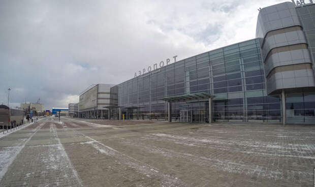 Мы за ценой не постоим: сколько стоит назвать аэропорт новым именем