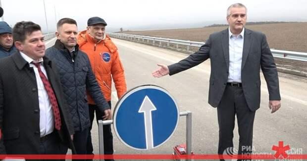 По объездной к банкротству: как дороги Крыма и Севастополя хоронят подрядчиков