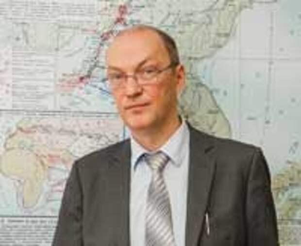 Роланд Шарифов