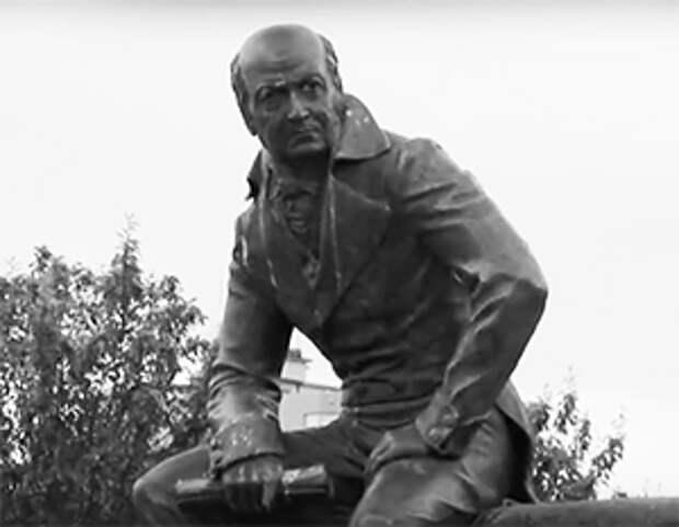 На Аляске потребовали убрать памятник правителю русских владений