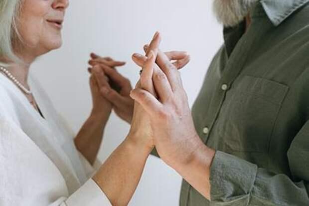 Муж и жена сделали коррекцию зрения и не узнали друг друга