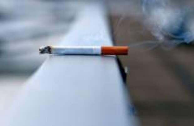 На Майорке стали штрафовать за курение на улице