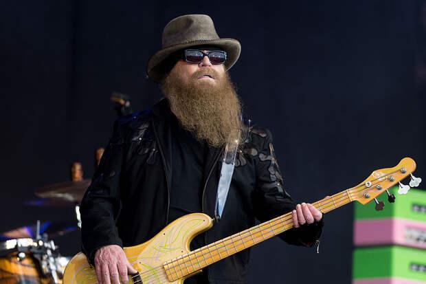 На 73-м году жизни Умер основатель и басист рок-группы ZZ Top - Dusty Hill (Дасти Хилл)