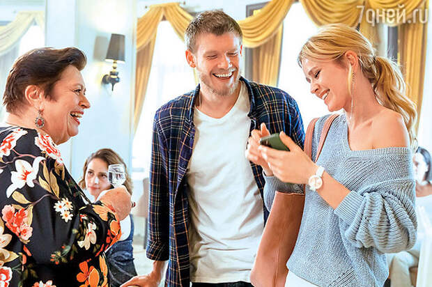 Екатерина Кузнецова отвела ребенка в школу